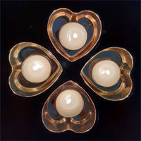 Picture of Candle holder - Black & gold glass heart - 8cm (L) x 8cm (W) x 4cm (H)